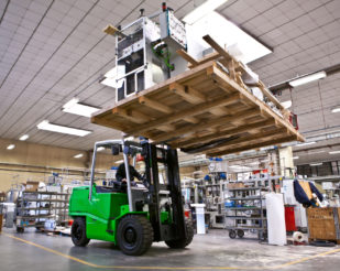 Cesab Heavy duty lift truck