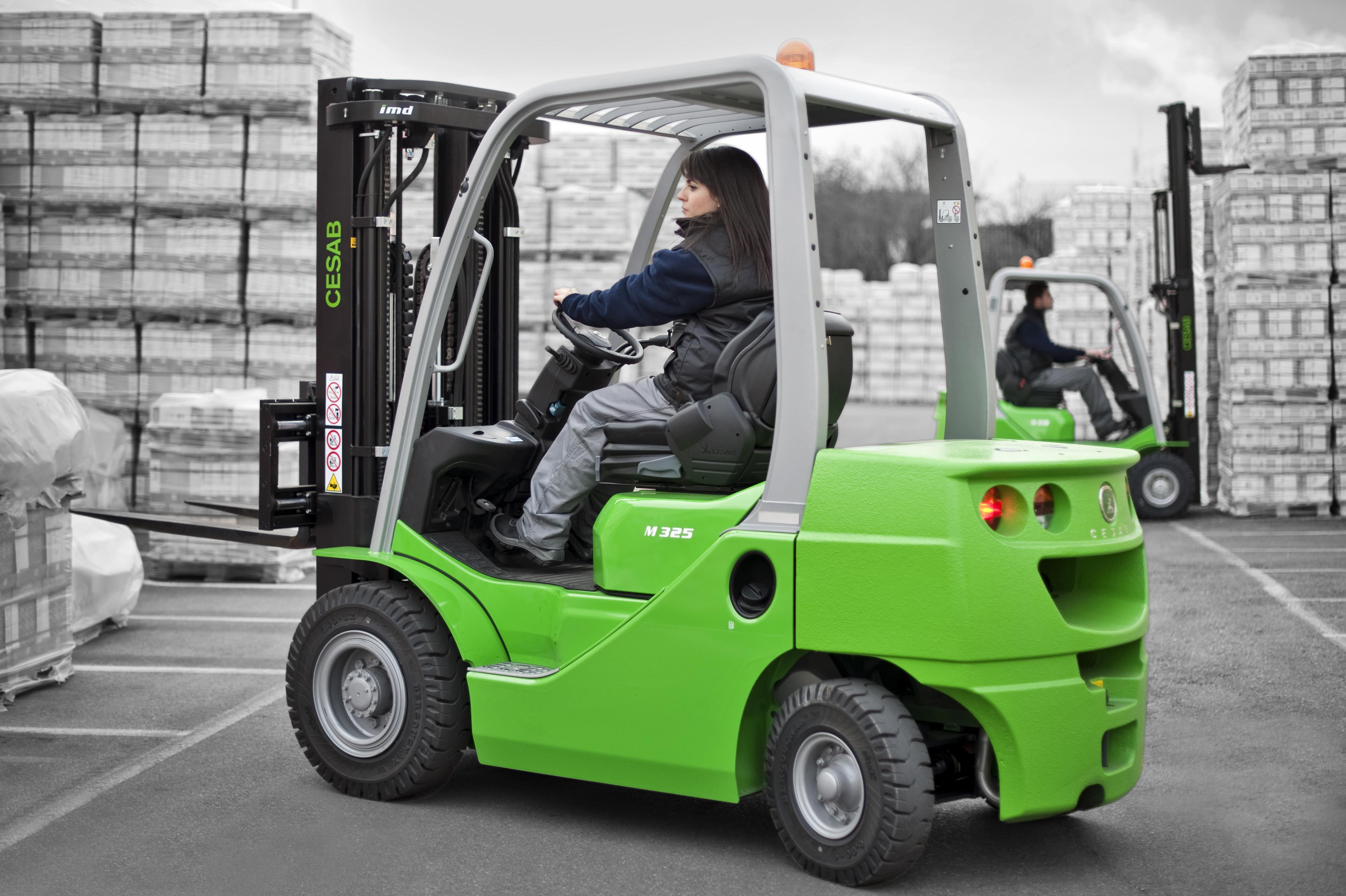 Cesab M300 gas/diesel fork lift truck